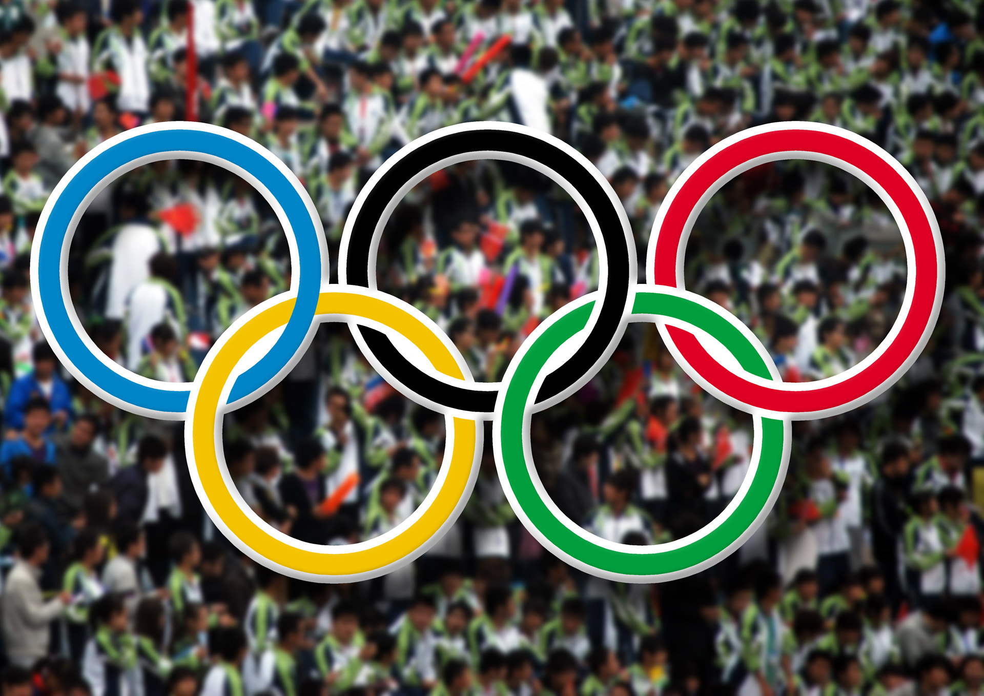 olympic-rings-and-crowd